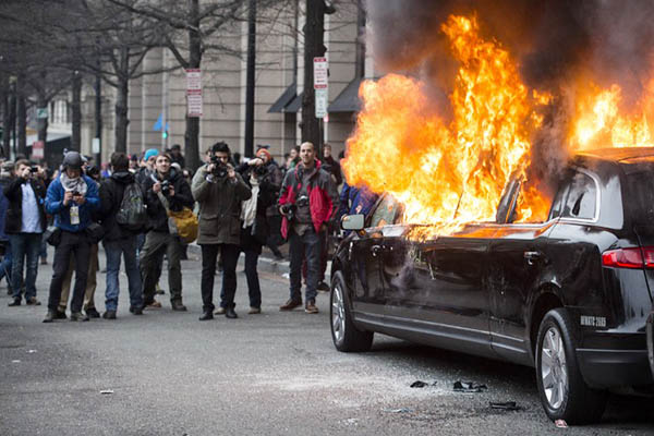 Scenes from the violent anti-Trump riots - should they be convicted of Felonies?